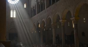 Inseguendo il solstizio d'estate. Sole superstar a S. Leonardo di Siponto e nella Cattedrale di Bari