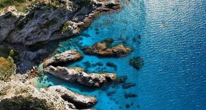 Nuovi bagliori azzurri da Capo Vaticano, nello scatto segnalato dal calabrese Sergio Nisticò