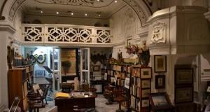 L'editore Grimaldi di Napoli restaura una piccola chiesa abbandonata e la trasforma in libreria