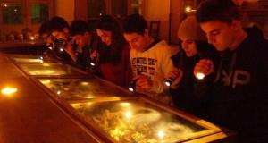 Museo di Scienze Naturali a lume di candela. I ragazzi del Galilei-Costa replicano l'esperienza