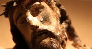 Il Cristo esiliato. Dopo oltre 70 anni un miracoloso Cristo cinquecentesco torna visibile a San Nicola da Crissa