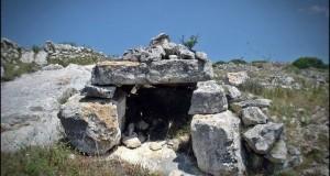 L'INTERVISTA | Nella Puglia più remota, fra dolmen e pitture parietali, le scoperte di Severino Stea e Mario Fabbri