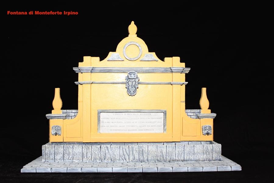 Uno dei modelli in scala di Giancarlo Guardabascio, che riproduce la fontana storica di Monteforte Irpino (Av)