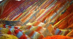 La tavolozza di Dio. I monti dello Zhangye Danxia Geopark in Cina
