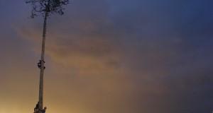 Maggio di Accettura al crepuscolo, nello scatto del lucano Biagio Labbate