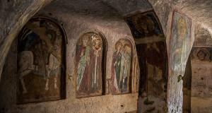 Alla scoperta di Mottola: l'arcaico incanto delle Grotte di Dio