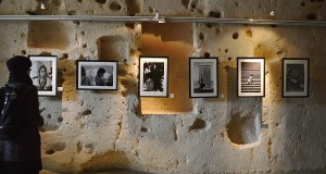 La fotografia di Scianna dice e rappresenta come una poesia. In mostra a Matera 'Il Sud e le donne'