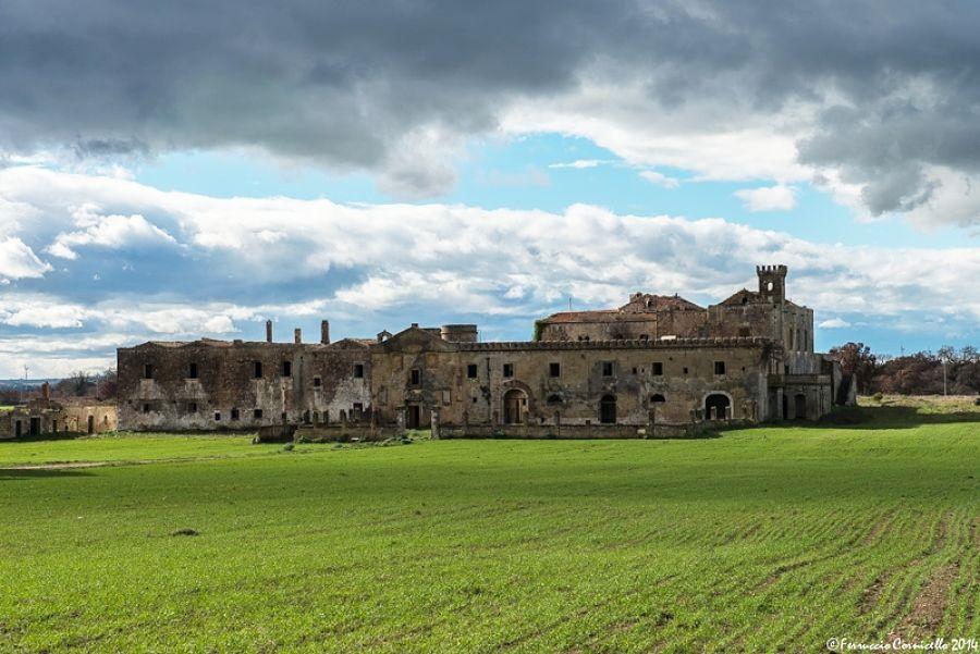 Scorcio della Masseria Caracciolo (nota anche come Casino del Duca), S. Basilio, Mottola (Taranto) – Ph. © Ferruccio Cornicello