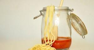 Il Sud fra i principali luoghi storici di diffusione della pasta. I primi spaghetti occidentali secchi furono inventati in Sicilia