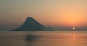 L'Isola sarda di Tavolara e la bizzarra leggenda del Regno più piccolo del mondo