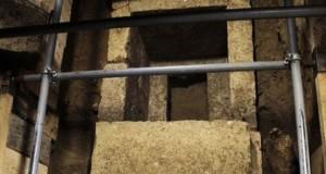 Dalla grande tomba di Anfipoli spunta uno scheletro