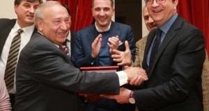 Premiato a Cosenza l'imprenditore e senatore Renato Turano. Il pane artigianale del Nord America porta il suo nome