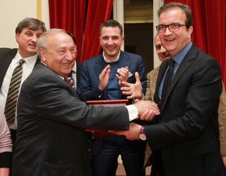 L'imprenditore Renato Turano premiato dalla Commissione Cultura del Comune di Cosenza, Teatro Rendano