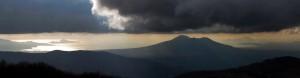 Il Golfo di Napoli con Capri, Ischia e il Vesuvio visto dallo statunitense Matthew Townsend