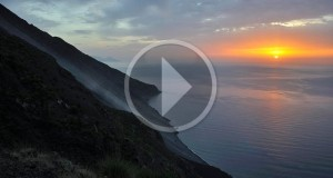 Racconta il tuo SUD | [VIDEO] Stromboli, un sogno di lava incandescente